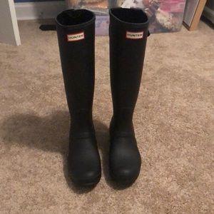 Black matte hunter boots-extended calf back